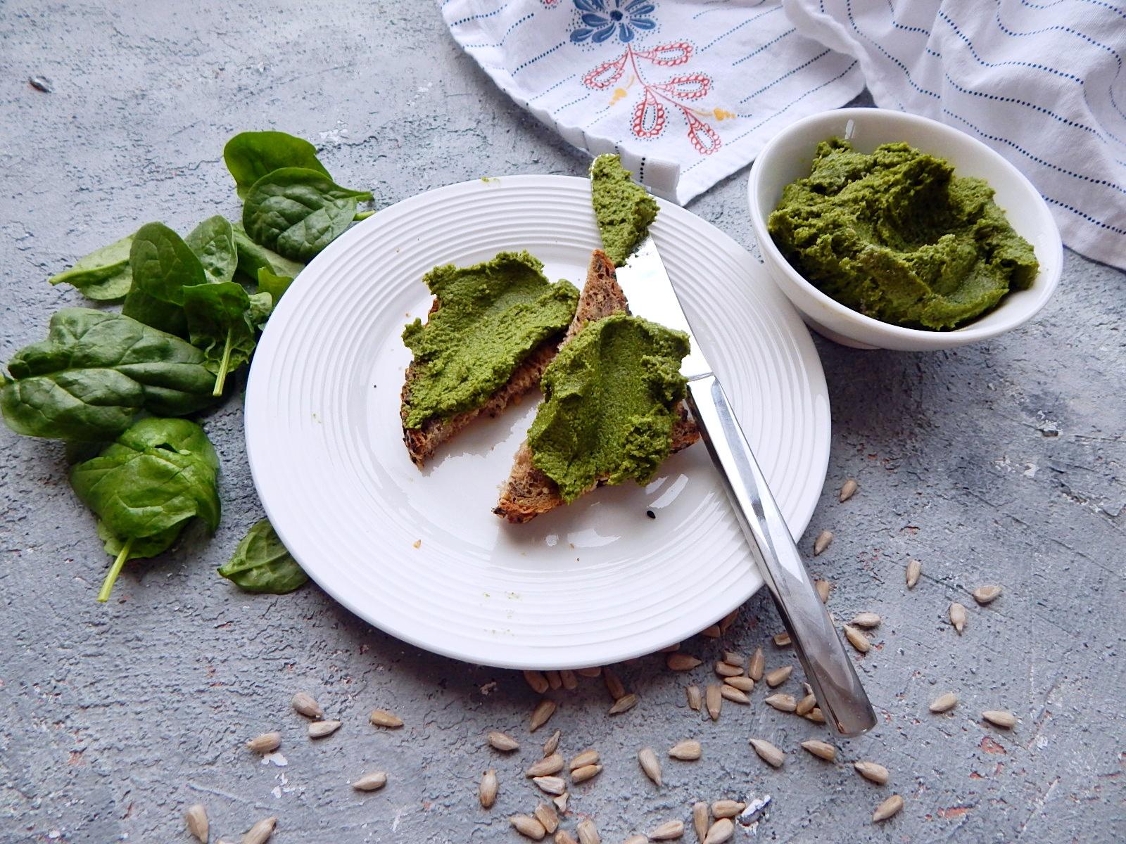 pesto ze szpinaku - zdrowe odżywianie