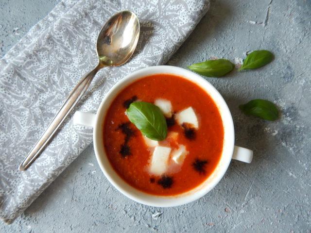 zupa krem pomidorowa, dietetyk a odchudzanie