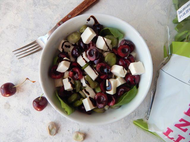 salatka z bobem i czeresniami, smak czerwca, dietetyk a odchudzanie