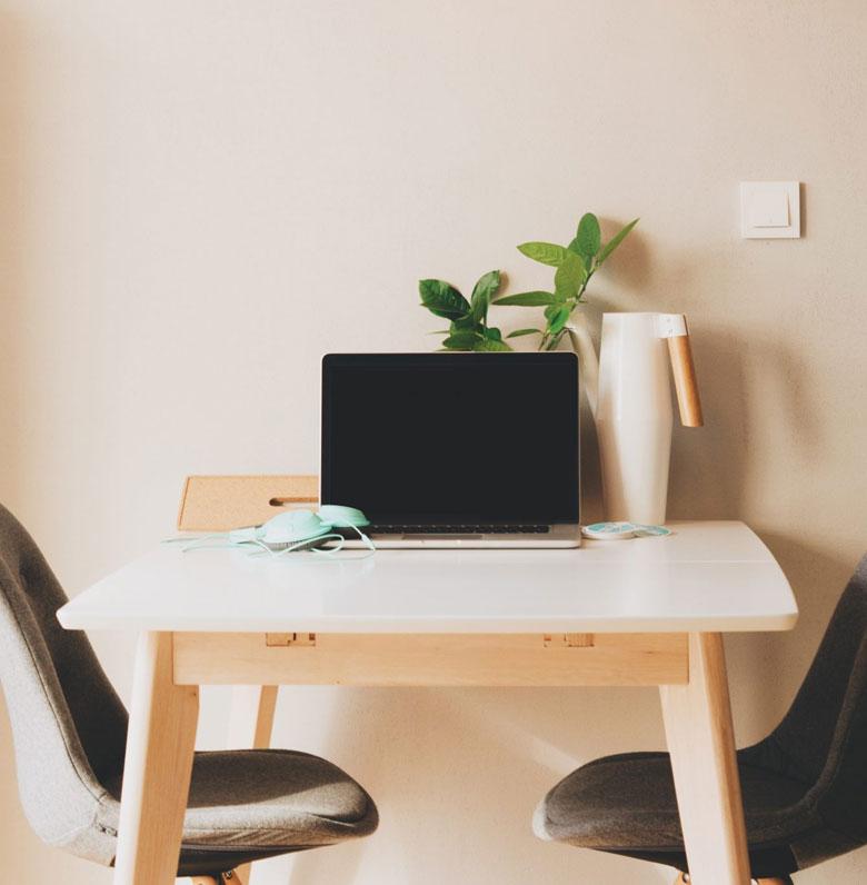 Dietetyk online, komputer do pracy