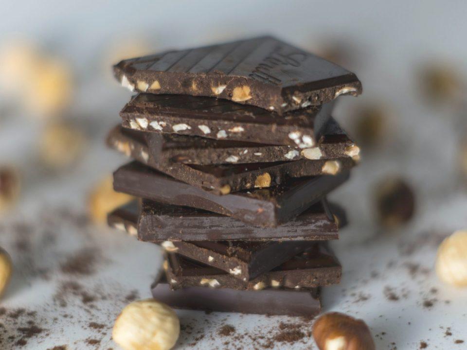 jak pokonać podjadanie wieczorami - czekolada